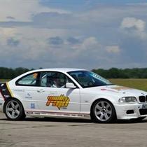 BMW 330 E46 vs GKD Lotus Super 7