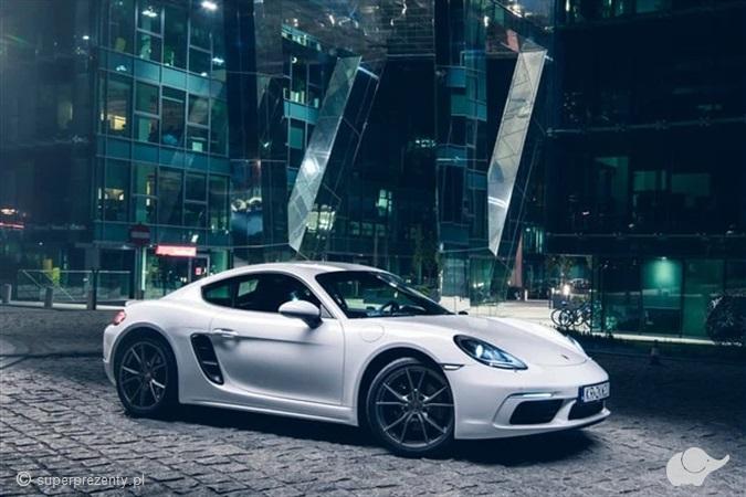 Jazda Porsche 718 Cayman po torze w Krakowie