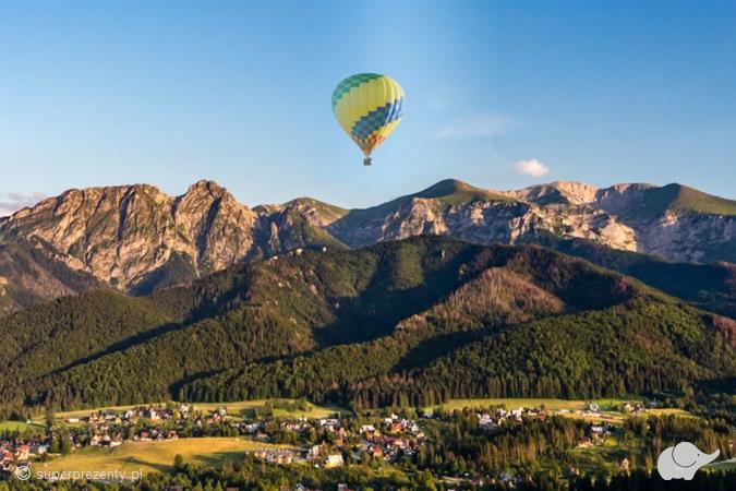 Przelot balonem nad Tatrami