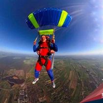 Skok spadochronowy z Desantowca z 4200 m z filmowaniem w Piotrkowie Trybunalskim