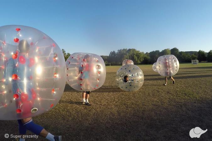 Bubble football | Wiele Lokalizacji
