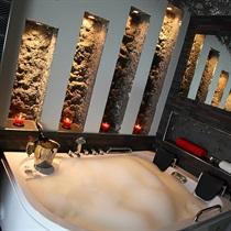 Pakiet Romantyczny w Komorowski Luxury Guest Rooms w Krakowie